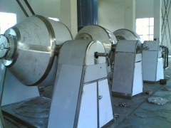 供应双锥回转真空干燥机